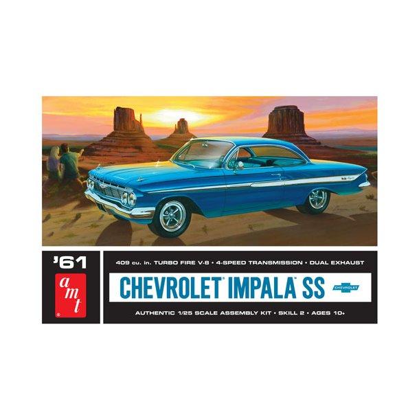 1013 AMT 1961 Chevy Impala SS.