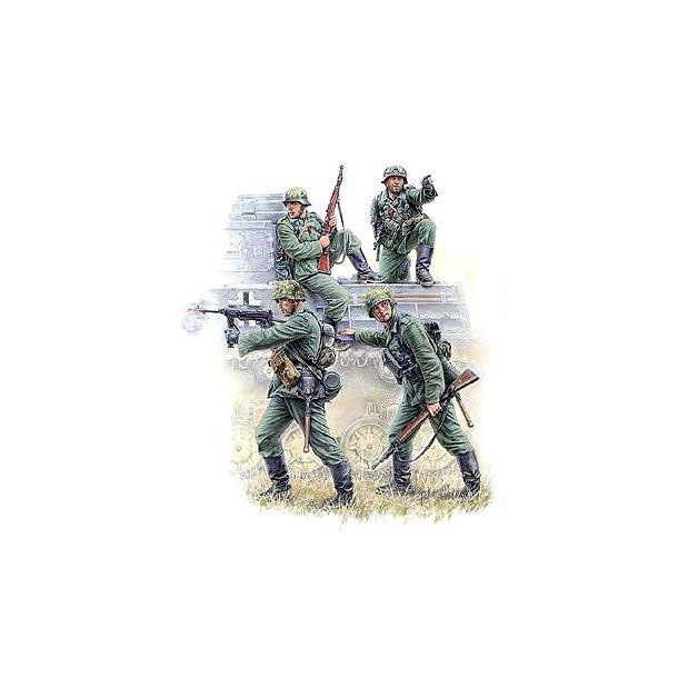 3582 ZVEZDA. German Panzergrenadiers. 1:35