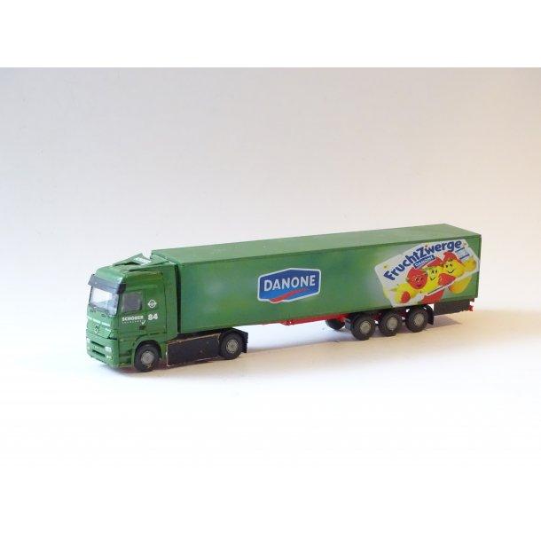 W 836100 HERPA Sættevogn fra Danone. H0. Brugt