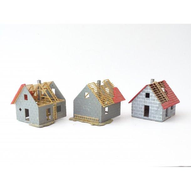 Cl 1016 FALLER. 3 huse under opbygning. H0. Brugt