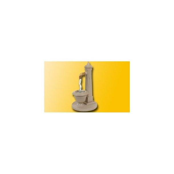 5015 VIESSMANN Vand pumpe hvor der løber vand ud. H0